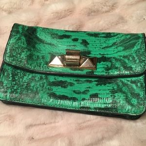 Ann Taylor clutch/purse in excellent condition